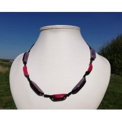 Justerbar halskæde i tagua nødder